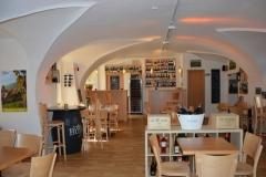 Pohled na prostory vhodné pro firemní večírky pražské restaurace a vinného baru CP1