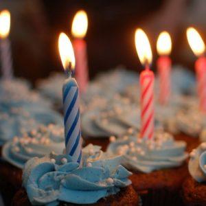 8 narozeniny pražské restaurace Cp1 - svíčky